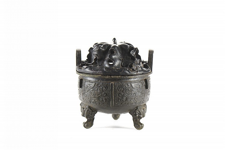 Perfumador oriental em bronze c tampa em madeira for Asian furniture tampa