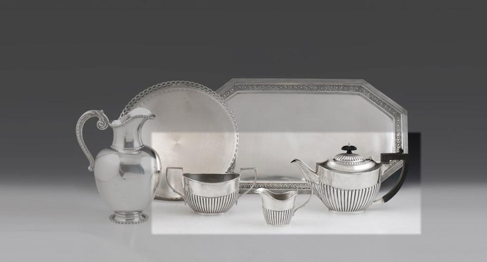 Serviço de chá em prata, séc. XX, 925%, 975 g.