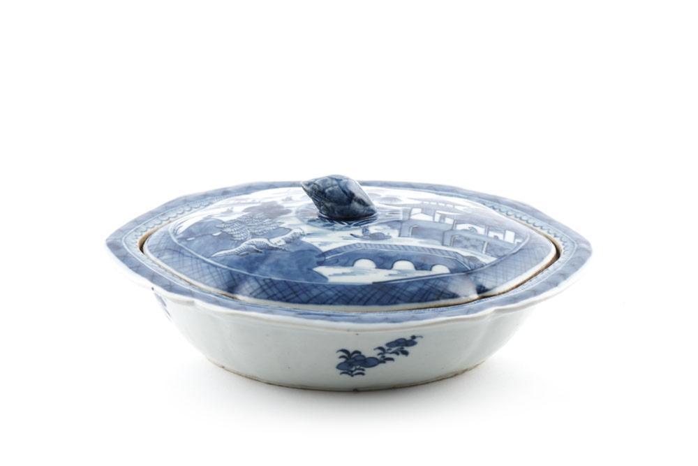 Prato coberto em porcelana chinesa, Cantão