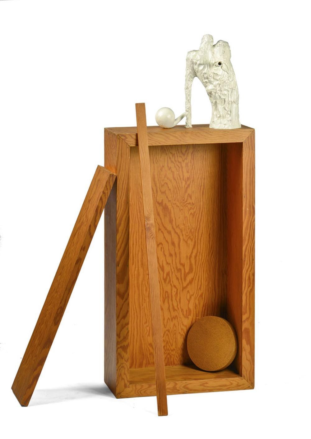 SANCHES, Rui, madeira, pedra e tinta, 152x80x44cm