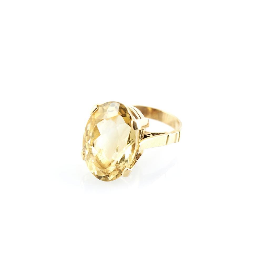 Anel em ouro 800% com citrino. P. 12,3 g.