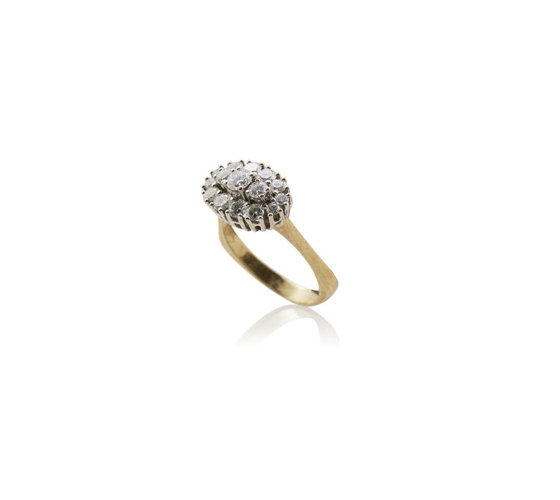 Anel ouro bicolor cravejado c/15 diamantes, P.5,1g