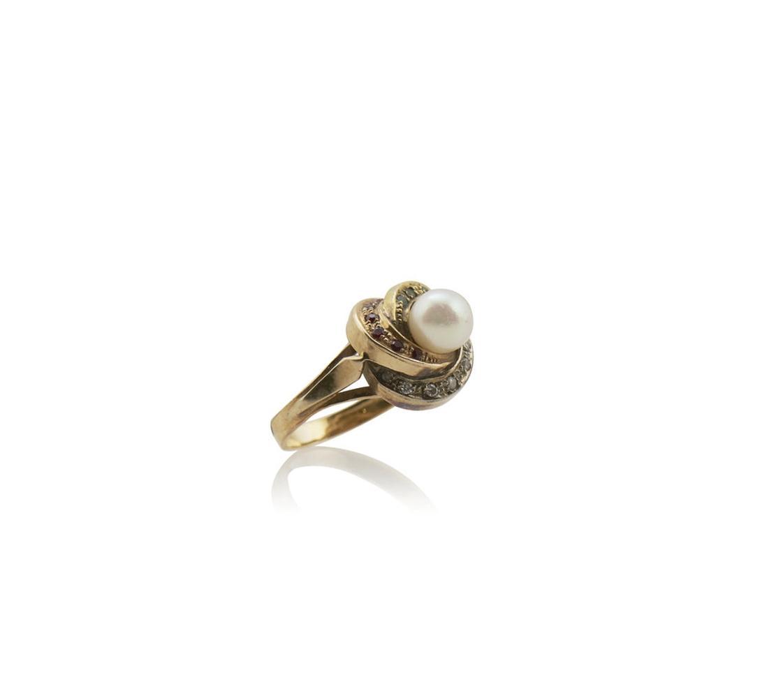 Anel com pérola em ouro 800%, P. 5,5g