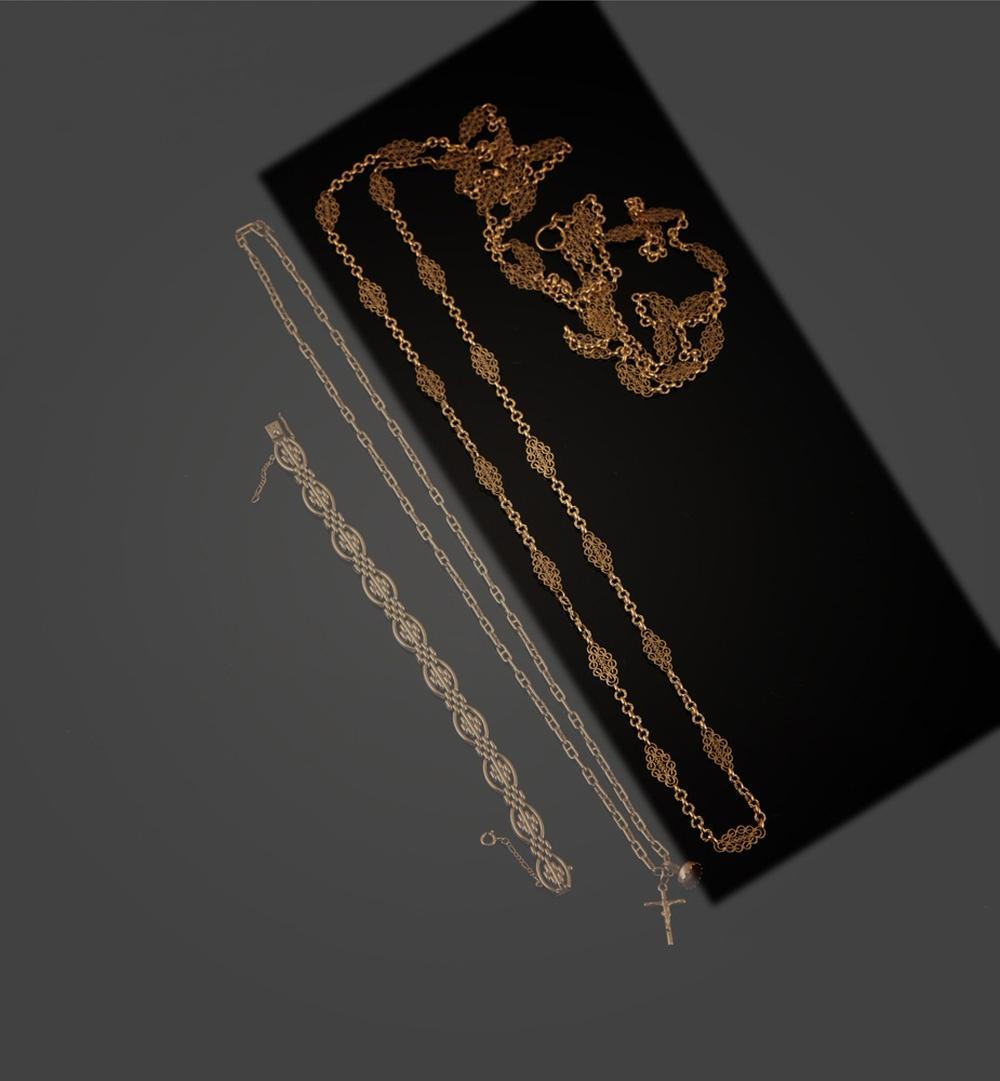 """Fio """"trancelim"""" em ouro de 800 ml, P. 78,3g."""