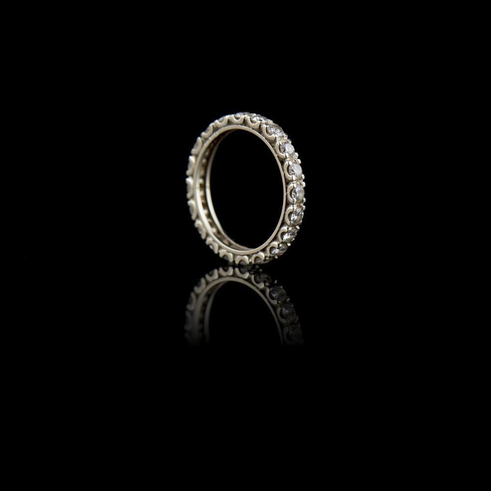 Aliança em ouro 800% e diamantes, P.5,2 g