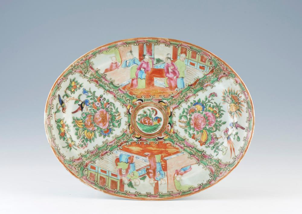 Travessa em porcelana chinesa, dita Mandarim