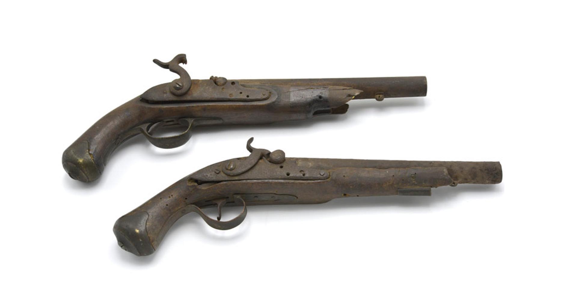 Par de pistolas de cavalaria ligeira inglesa (2)