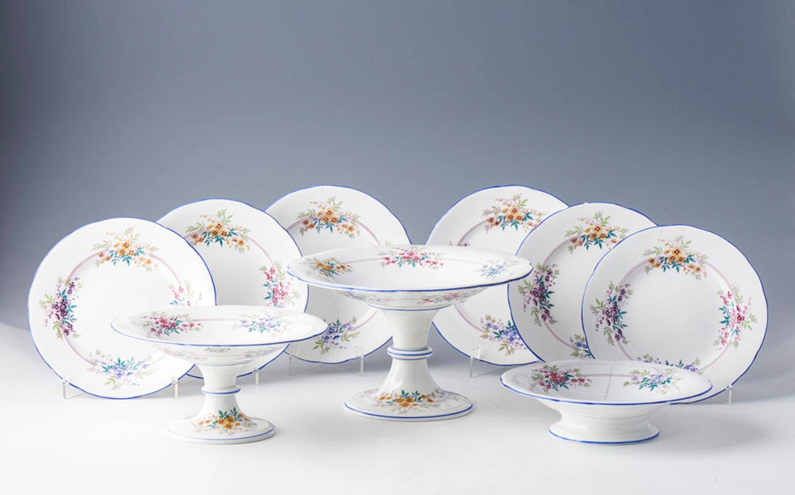 28 peças em porcelana inglesa