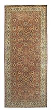Tapete oriental em lã, 431 x 184 cm.