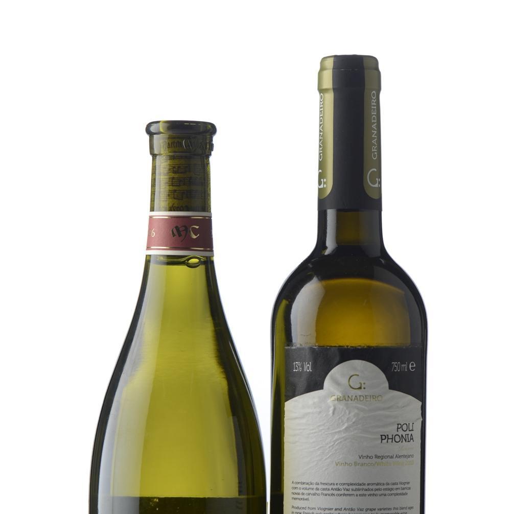 Lote de vinhos, 2 gfas.