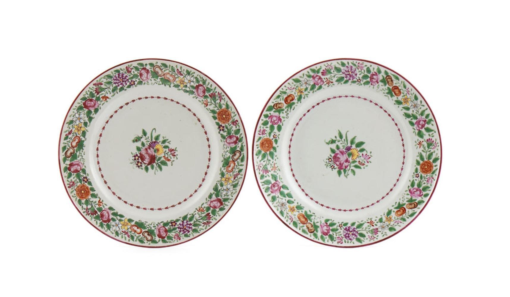 Par de pratos em porcelana chinesa CI (2)