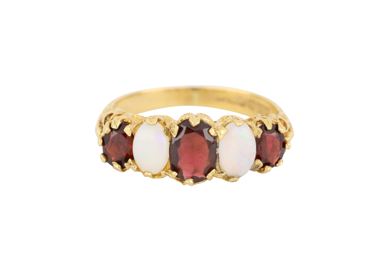 9ct yellow gold opal & garnet ring
