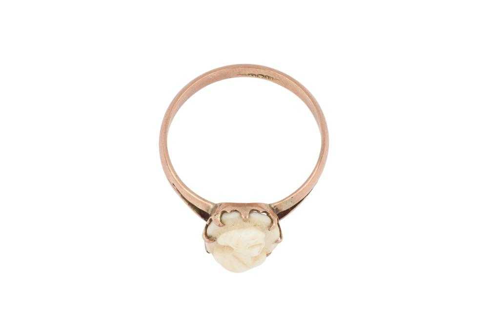 Antique 9ct rose gold cameo dress ring