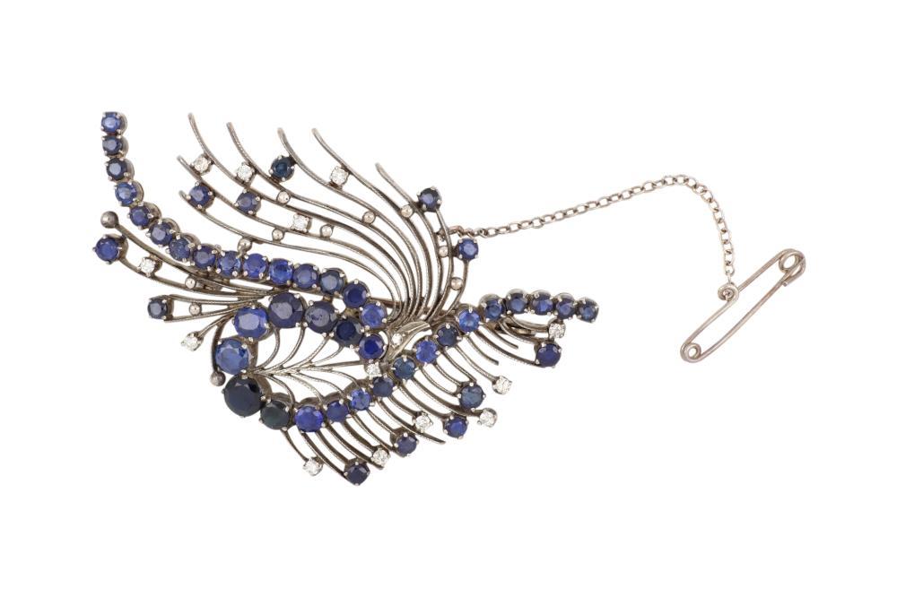 Handmade 18ct white gold Ceylon sapphire & diamond brooch