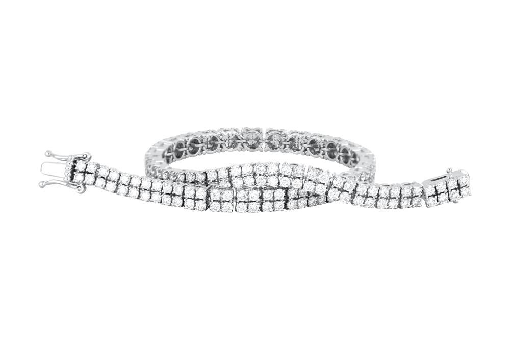 18ct white gold diamond tennis bracelet, 13.57 grams