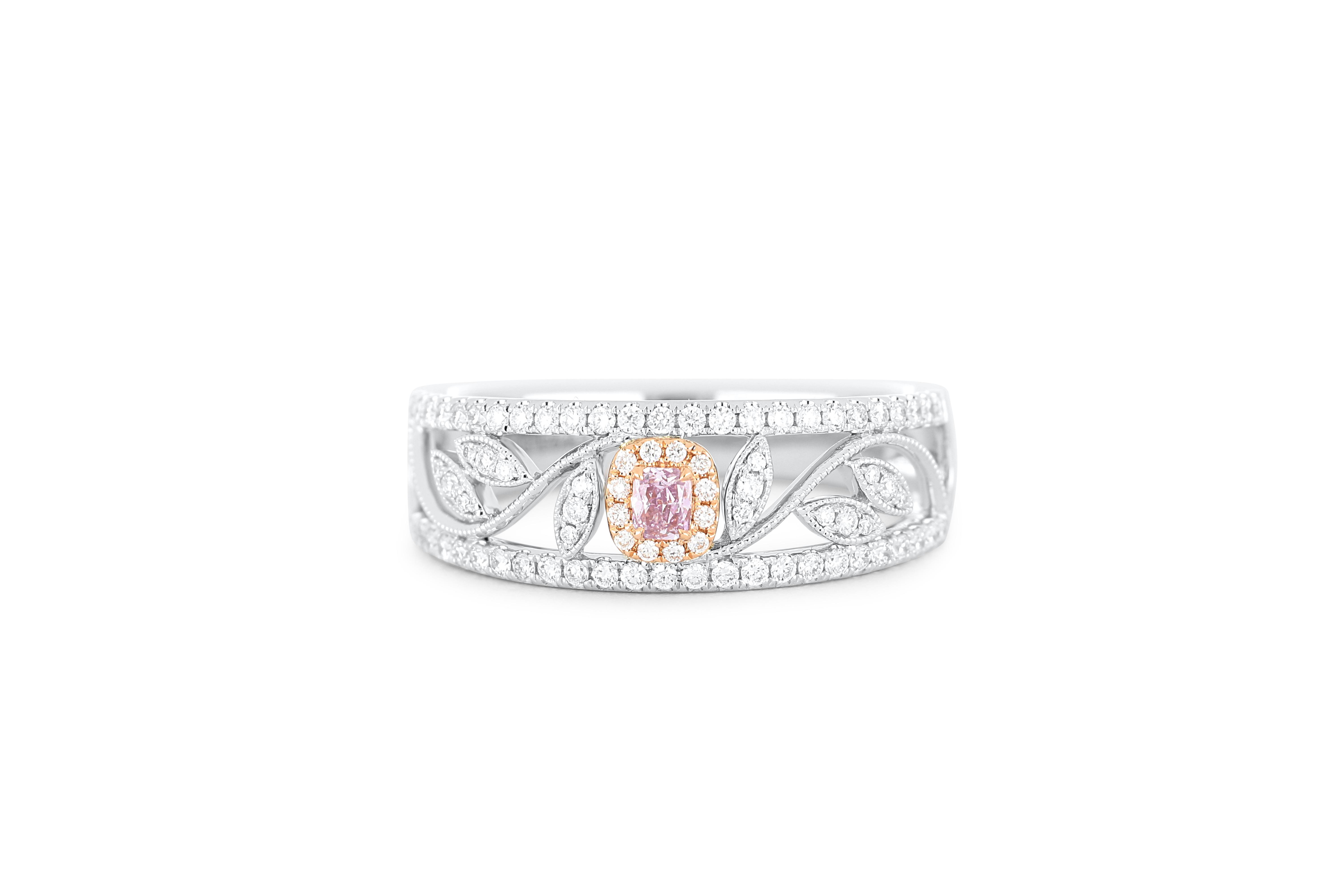 18k gold ring set with a centre FPP 0.057ct cushion cut natural diamond