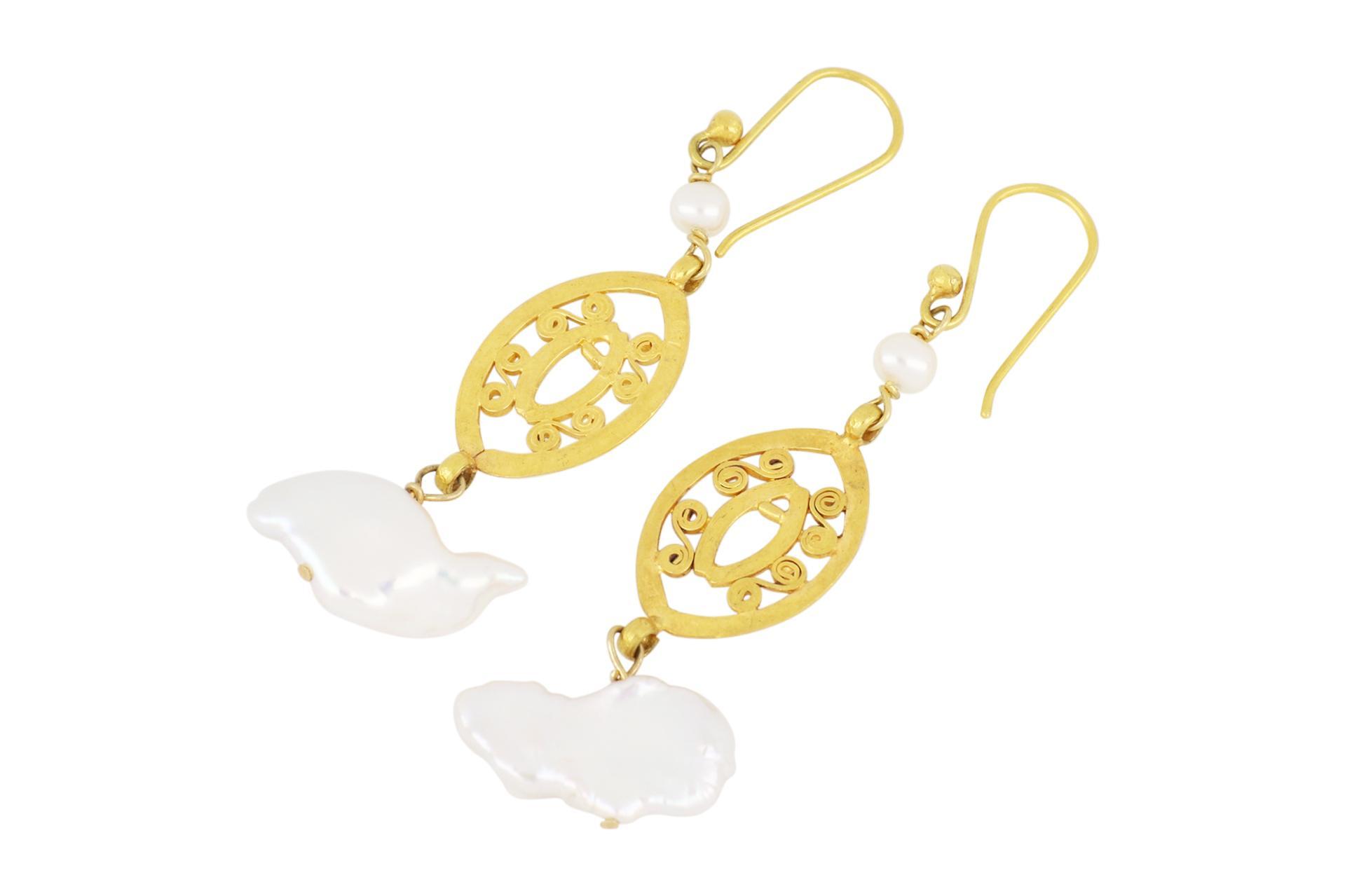 Pair of 18ct yellow gold & Keshi pearl drop earrings