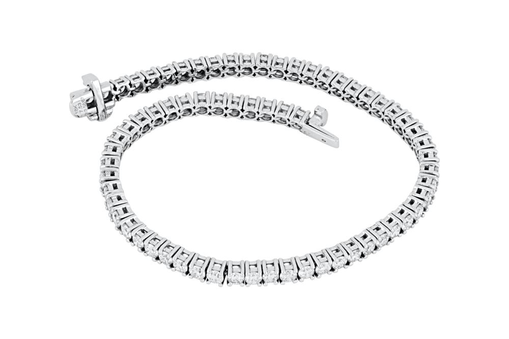 New 18ct white gold 3.58ct diamond tennis bracelet