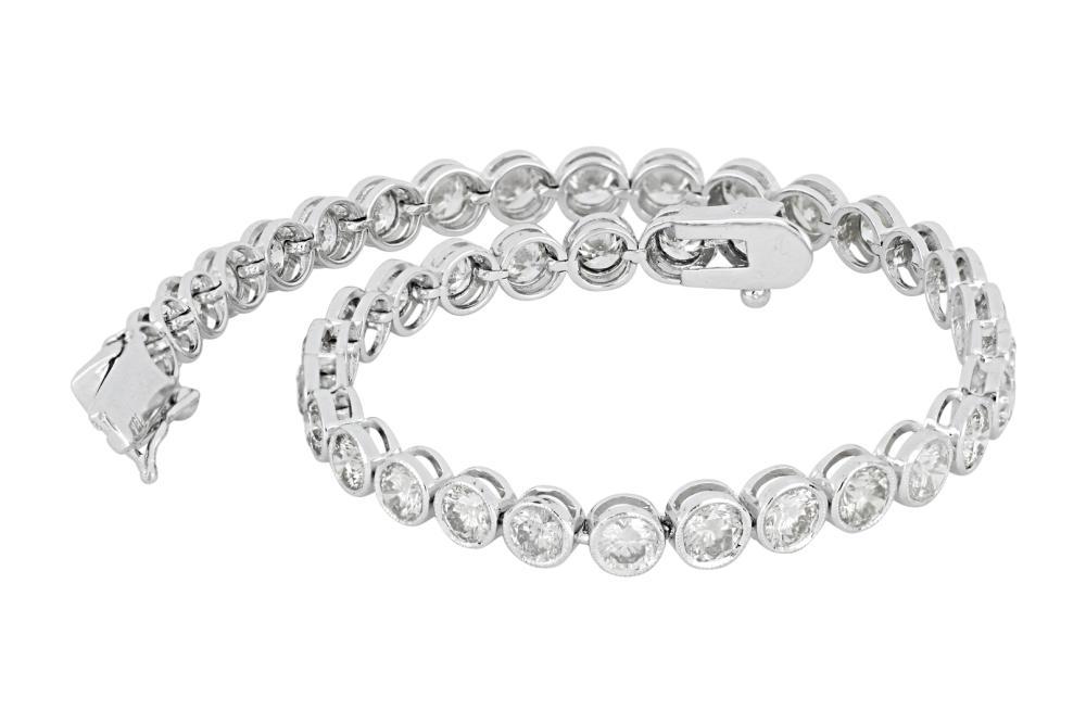 New 18ct white gold 7.00ct diamond tennis bracelet