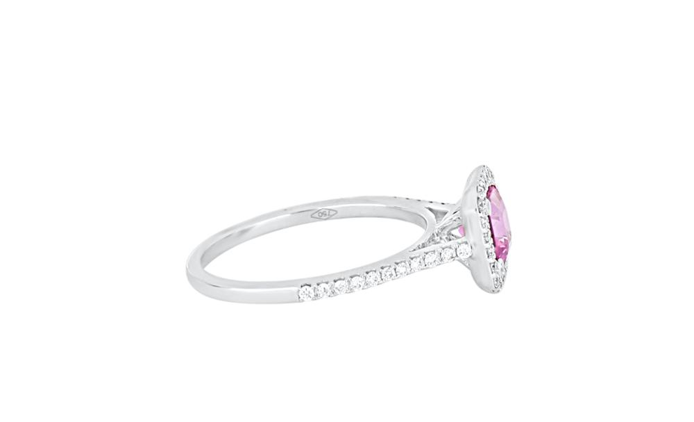New 18ct white gold ring set with pink sapphire & diamonds