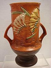 ROSEVILLE FREESIA Vase: