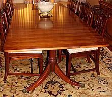 GEORGIAN STYLE MAHOGANY DOUBLE PEDESTAL DINING TABLE