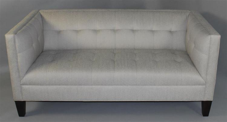 New Mitchell Gold Bob Williams Kennedy Love Seat En Suite