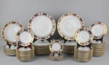 ROYAL CROWN DERBY 'DERBY BORDER' DINNER SERVICE