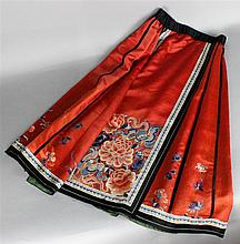 CHINESE EMBROIDERED SKIRT WITH ANTIQUE FRAGMENT