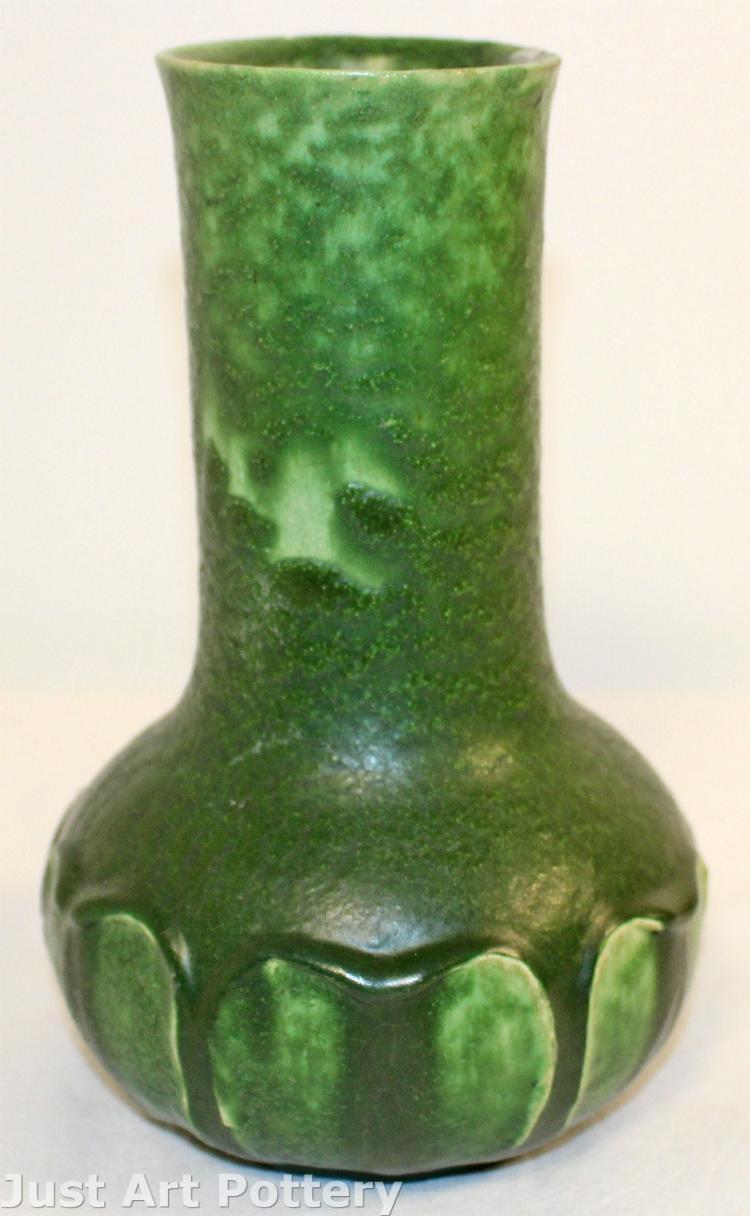 Grueby Pottery Matte Green Arts and Crafts Leaf Vase