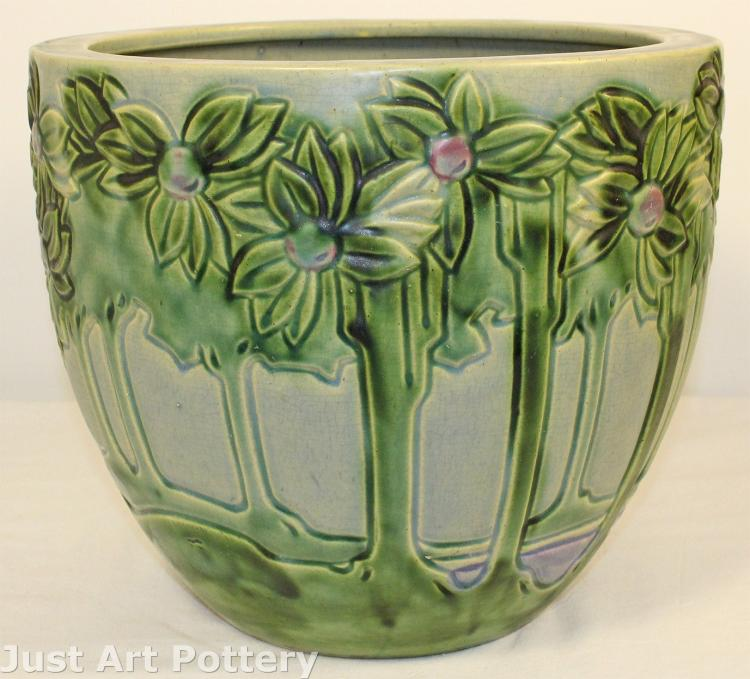Roseville Pottery Vista Jardiniere 589-10