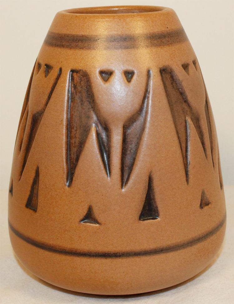 University of North Dakota Pottery Carved Floral Vase (Mattson)