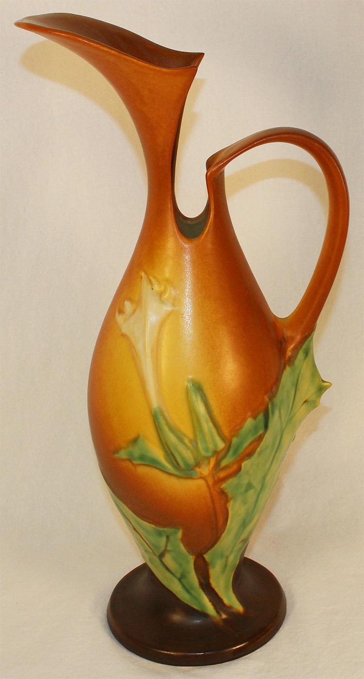 Roseville Pottery Thornapple Brown Ewer 825-15