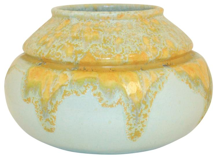 Roseville Pottery Imperial II Vase 203-5