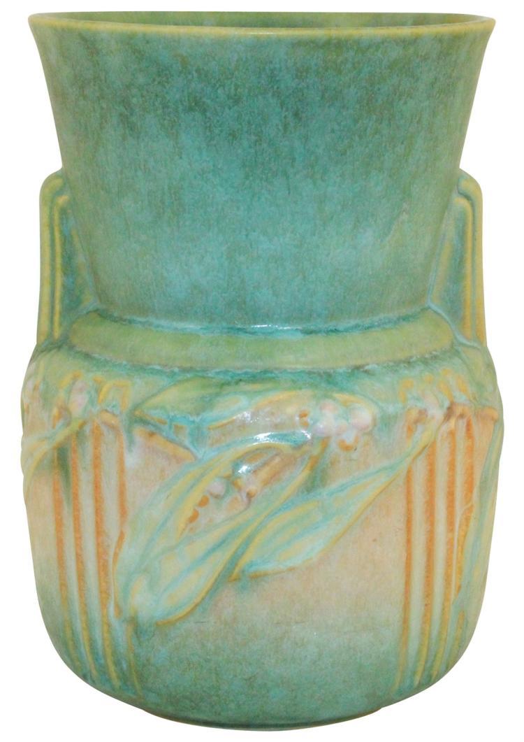 Roseville Pottery Laurel Green Vase 675-9
