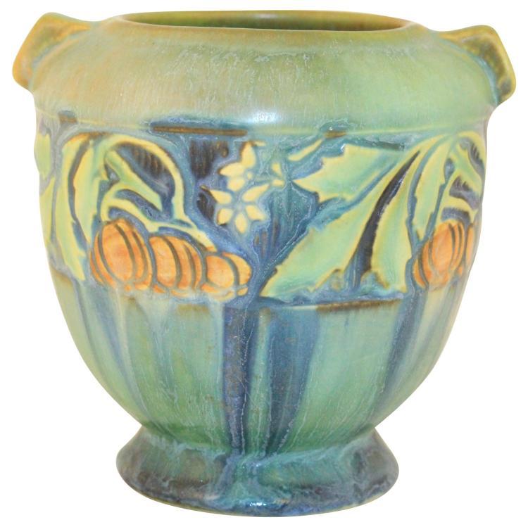 Roseville Pottery Baneda Green Vase 587-4