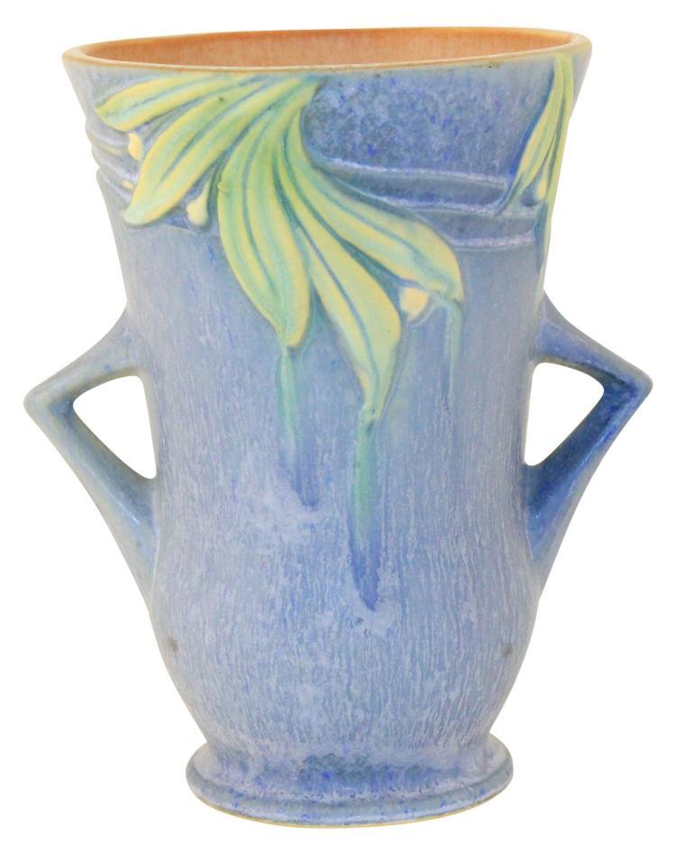 Roseville Pottery Velmoss II Blue Vase 716-7