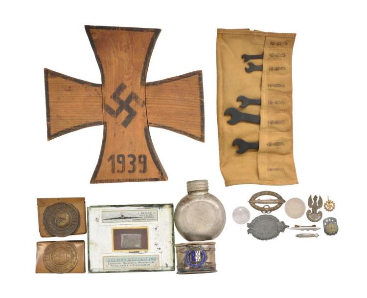 WWI & WWII GROUP FEATURING ZEPPELIN ITEMS.