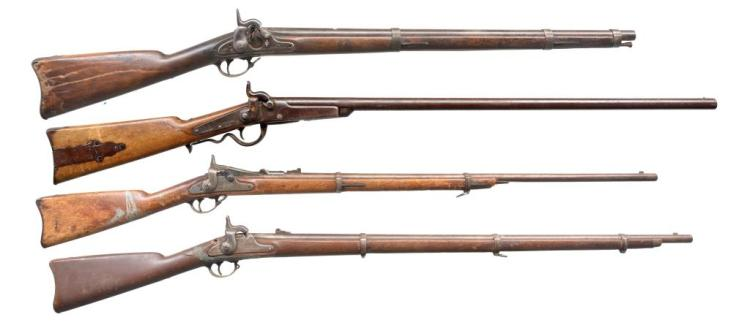 4 ANTIQUE AMERICAN MILITARY LONG ARMS.
