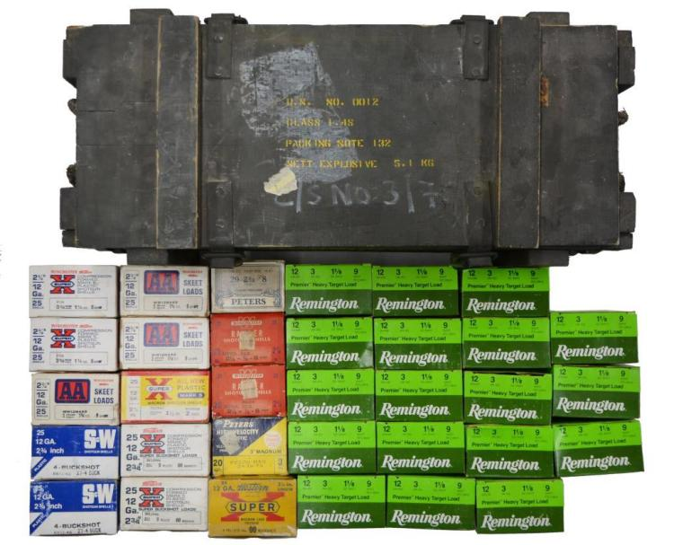 LOT OF 30+ 12 GA. & 20 GA. SHOTGUN AMMO.