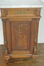 19TH CENTURY WALNUT NIGHT STAND