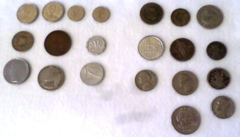 Coins - Qty 21 - Mixed - 3 Misc , 8 USA, 6 Foreign, 4 Canadian