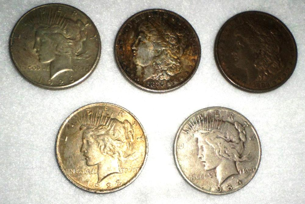 Coins Lot - Qty 5 - 1883 Morgan Dollar, 1885 Morgan Dollar, 1923 Peace Dollar, 1926 Peace Dollar, 1934 Peace Dollar