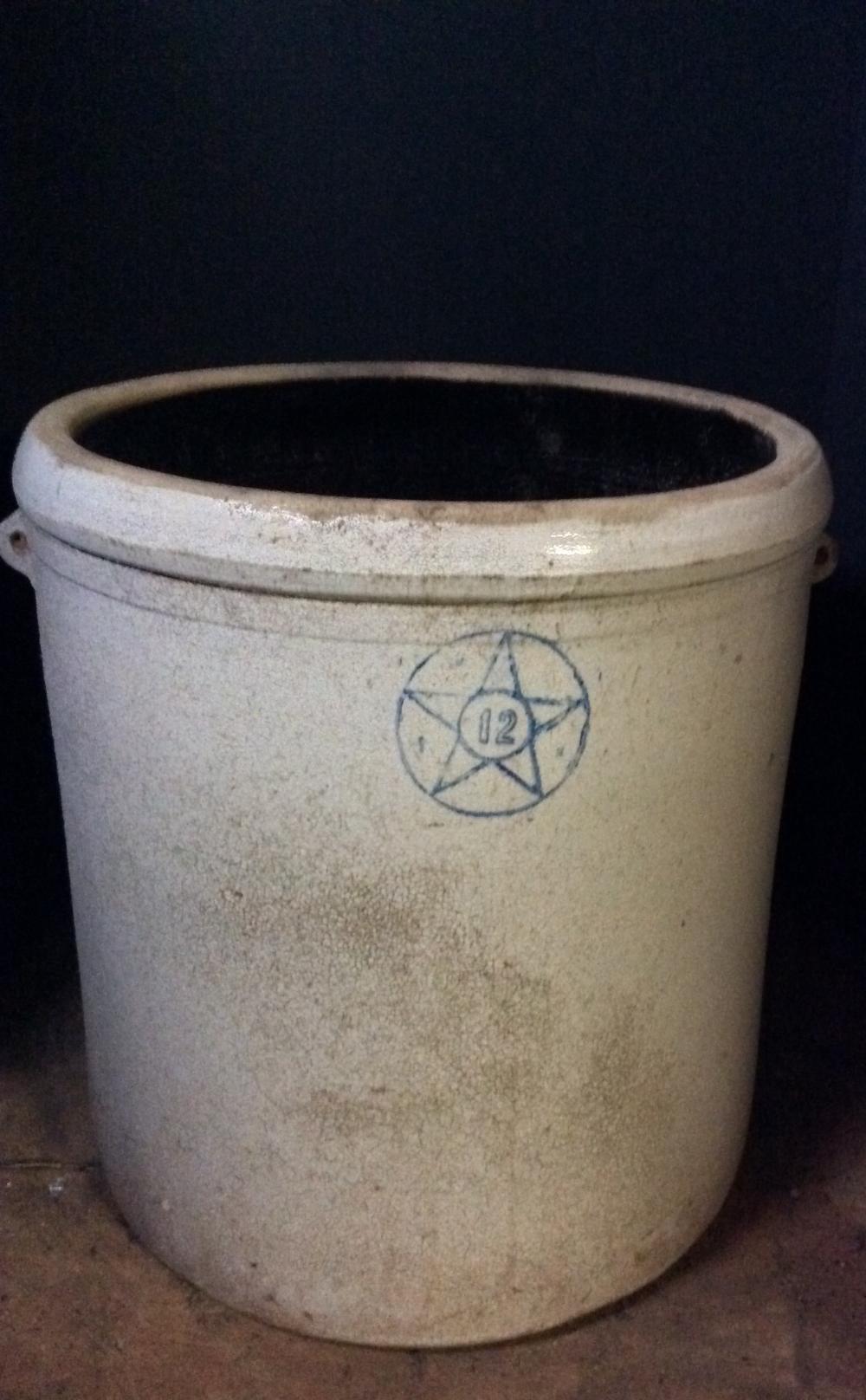 12 Gallon Crock, Star Stoneware, Crooksville, Ohio