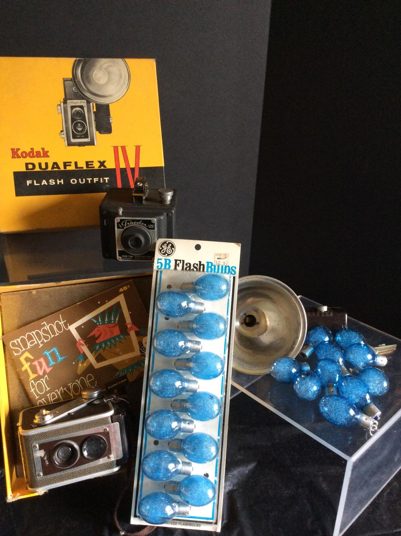 Vintage Cameras & Flash bulbs