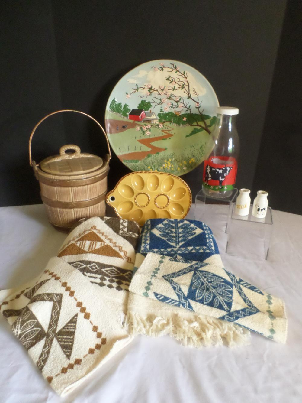 Ceramic Barrel Cookie Jar, Kitchen Towels and Other Items