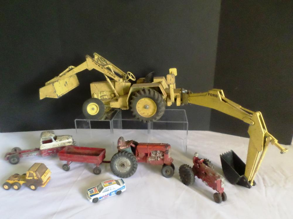 Antique Toys Ford 7500, Red Tractors, Trucks and Cars