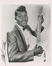 Albert Collins signed photograph.