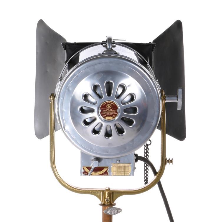 Mole Richardson Fresnel: Mole Richardson Junior Solar Spot 2k Fresnel Studio Light Wi