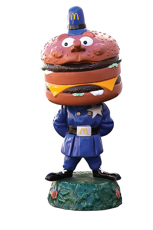 Original Officer Big Mac Statue For Mcdonald S Restaurant